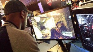 Wayne of GallantCloud showing off his Crysis skills on the 4K monitor